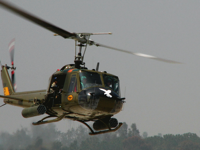 UH-1H Huey en vol
